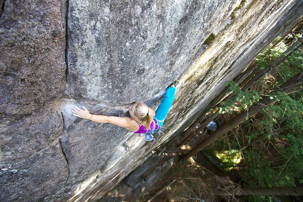 https://climbingphysiotherapy.com/wp-content/uploads/2020/08/hazel-squamish-paul-bride-1.jpg