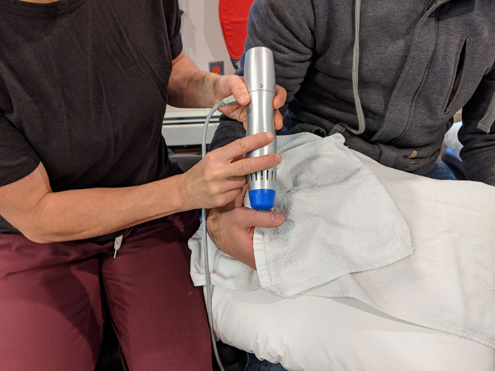 https://climbingphysiotherapy.com/wp-content/uploads/2020/10/shockwave-therapy.jpg